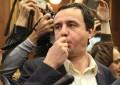 Nga dënimi me 15 vjet burg, tek gazi lotsjellës në Parlament/ Ja kush është kryeministri ri i Kosovës