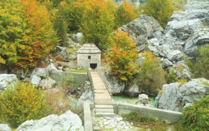 Shqipëria në vjeshtë, vendet më të bukura për t'u vizituar nga veriu në jug