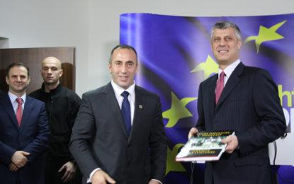 Haradinaj i përgjigjet barsaletave të Presidentit