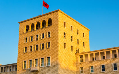 Arsimi publik dhe ai privat/ çfarë duhet të zgjedhin shqiptarët
