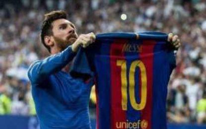 Messi vs Maradona/ Kush është më i miri?