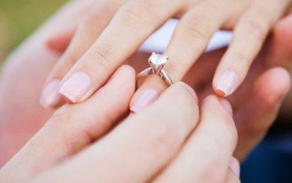 5 modele unazash fejese që do të bëjnë namin këtë vit