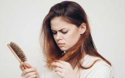 Arsyet pse ndodh rënia e flokëve tek femrat