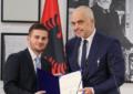 Të bëhesh ministër në Shqipëri është llotari…