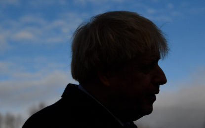 """Çfarë """"fshihet"""" pas fitores së thellë të Boris Johnson në Britani?"""
