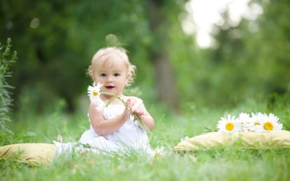 Emrat më të bukur për bebet që lindin në pranverë
