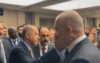 Europarlamentarët të shqetësuar për marrëdhënien Shqipëri-Turqi dhe ndikimin turk