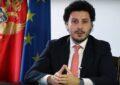 """Tha se """"Skënderbeu ishte serb"""", Dritan Abazoviç u kërkon falje shqiptarëve"""
