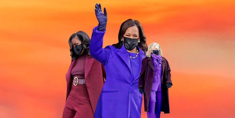 Ç'kuptim ka ngjyra lejla në veshjet e Michelle Obama, Hillary Clinton dhe Kamala Harris